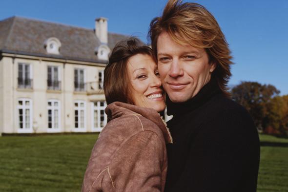 bu hikayeler filme konu olur: ilk aşklarıyla evlenen ünlüler