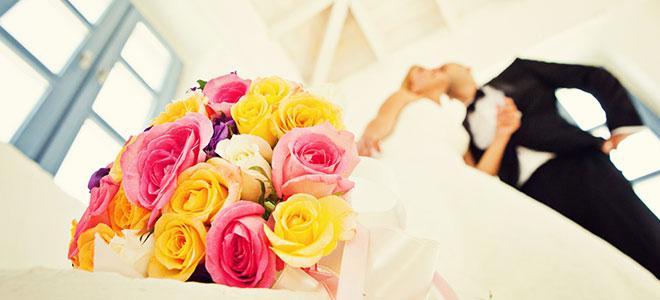 2_irm_ersen - Gelin buketinizle çektirebileceğiniz düğün pozları