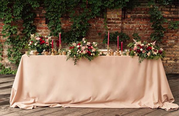 4njctqarjtl1jrkr - kır düğünü hayal edip, düğün salonunda evlenenlerin anlayabileceği 10 şey!