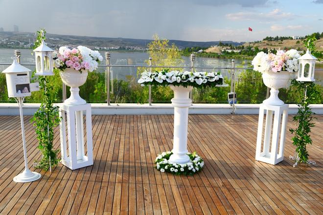 51yshrkunexwhfxk - ankara vilayetler evi'nde göl manzarası eşliğinde evlenin