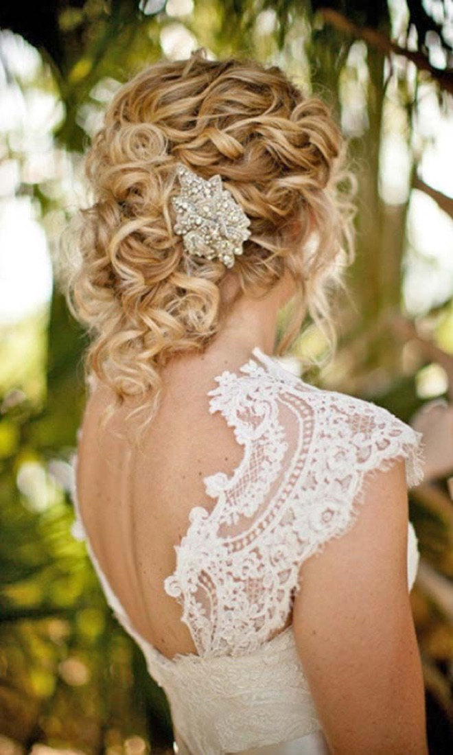Свадебная прическа на средние