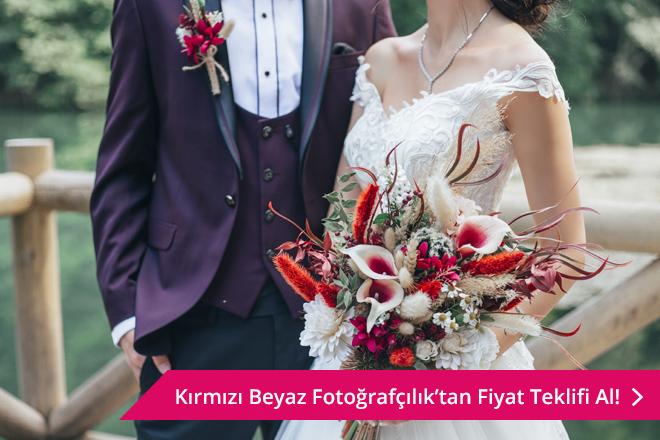 Kırmızı Beyaz Fotoğrafçılık