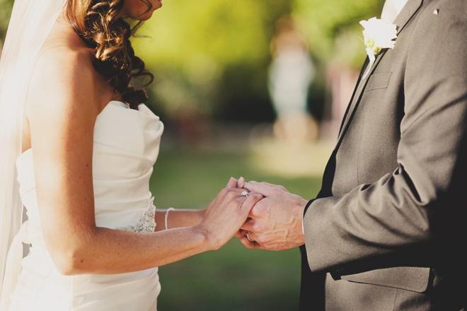 evlenmeden önceki soyadını kullanmak