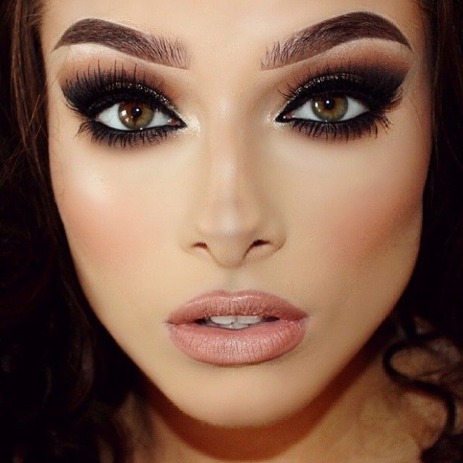 Perfect Makeup For A Wedding Guest : Gelinler icin Ba?ar?s? Kan?tlanm?? Makyaj Stilleri