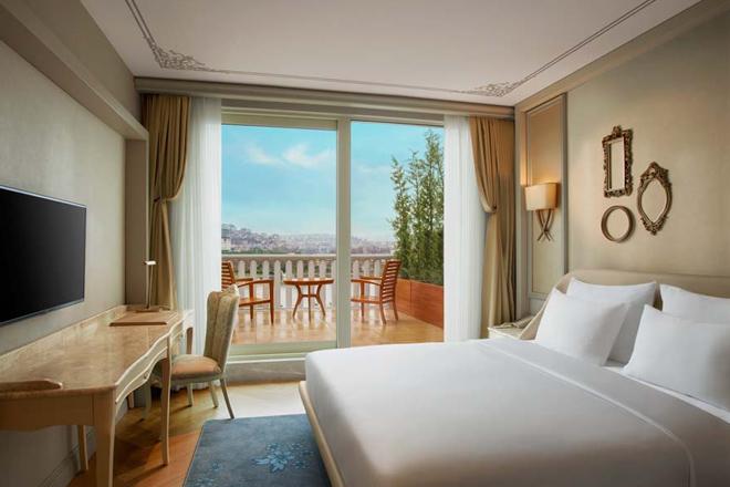 n3gfdzg2npkqixzr - haliç manzarası ayaklarınızın altında: lazzoni hotel