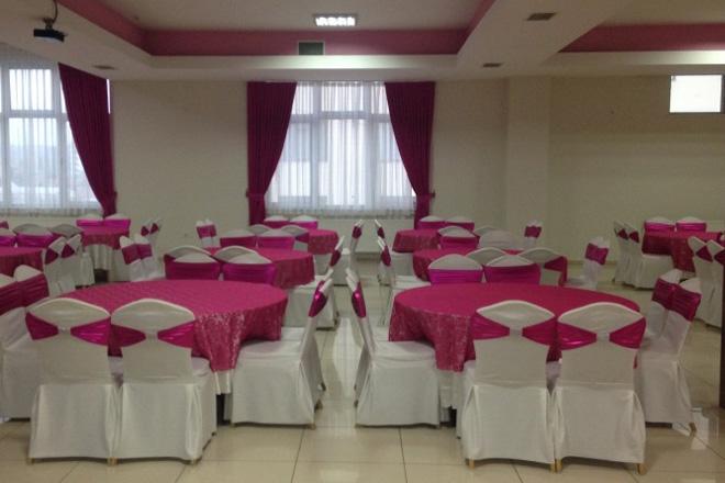 s7m4bwx9kmjfp5tx - kır düğünü hayal edip, düğün salonunda evlenenlerin anlayabileceği 10 şey!