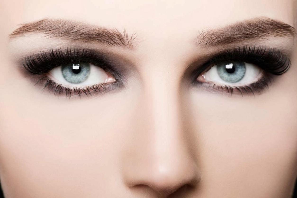 mavi göze far
