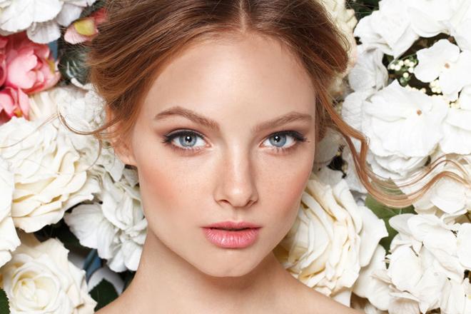 mavi göze makyaj