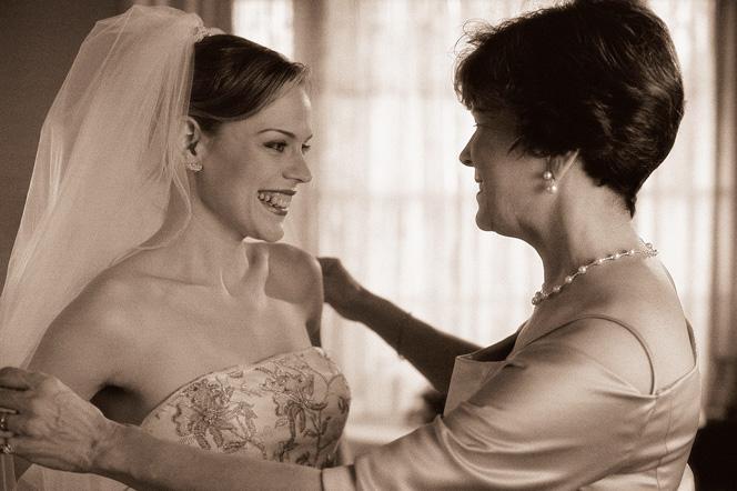 annekiyafeti2 - düğünde annelerin kıyafetleri