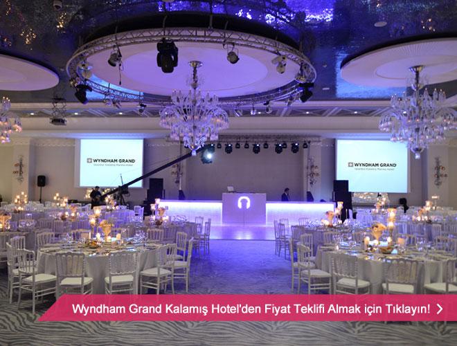 wyndham_hotel_kalamis - Deniz ve şehir manzarası