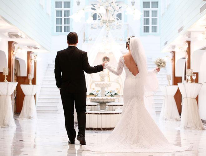 2 - Düğün fotoğraflarımız StudiosMCM tarafından çekildi.