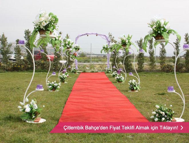 İzmir'deki neredeyse bütün kır düğünü mekanlarını
