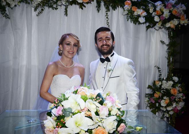 3 - kumsal, dolunay, Şampanya, müzik ve bozcaada'da bir evlenme teklifi: esin ve can!