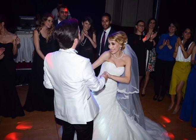 6 - kumsal, dolunay, Şampanya, müzik ve bozcaada'da bir evlenme teklifi: esin ve can!
