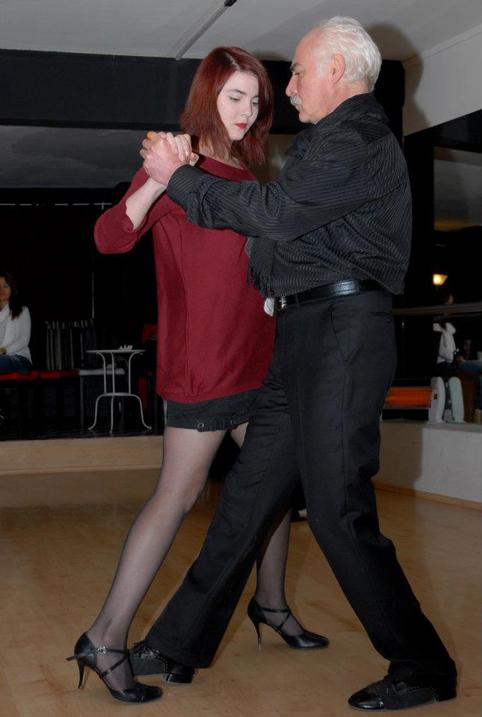 1(4) - mutluluğun dans hali