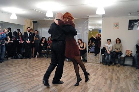 4(2) - mutluluğun dans hali