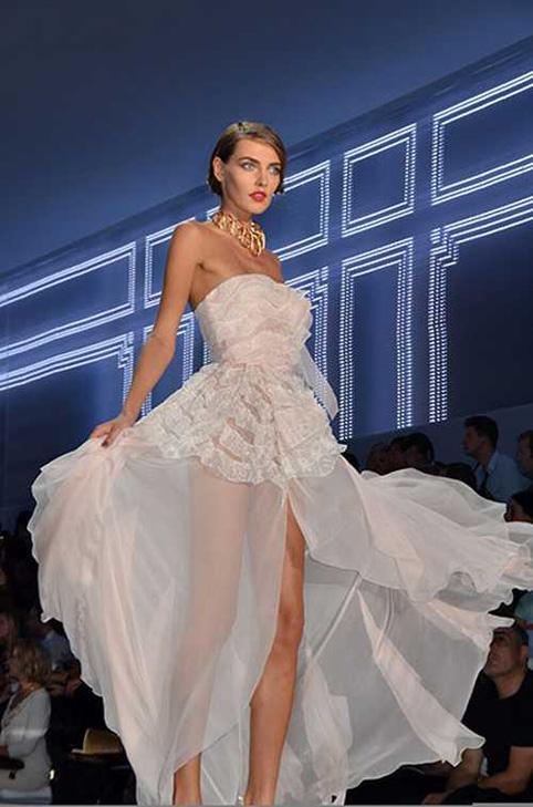 paris fashion show wedding wear - paris moda haftası'ndan gelinlikler