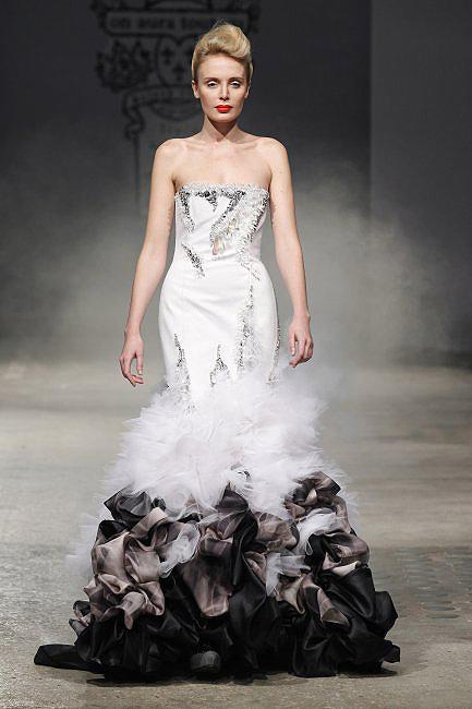 novias costura 13  a - paris moda haftası'ndan gelinlikler