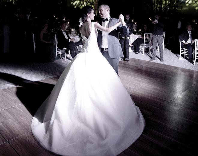 1 - Benimle evlenir misin?