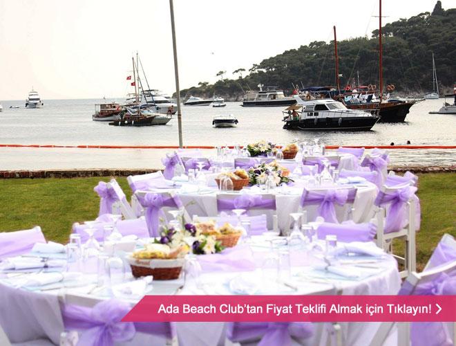 Deniz manzaralı bir düğün mekanı