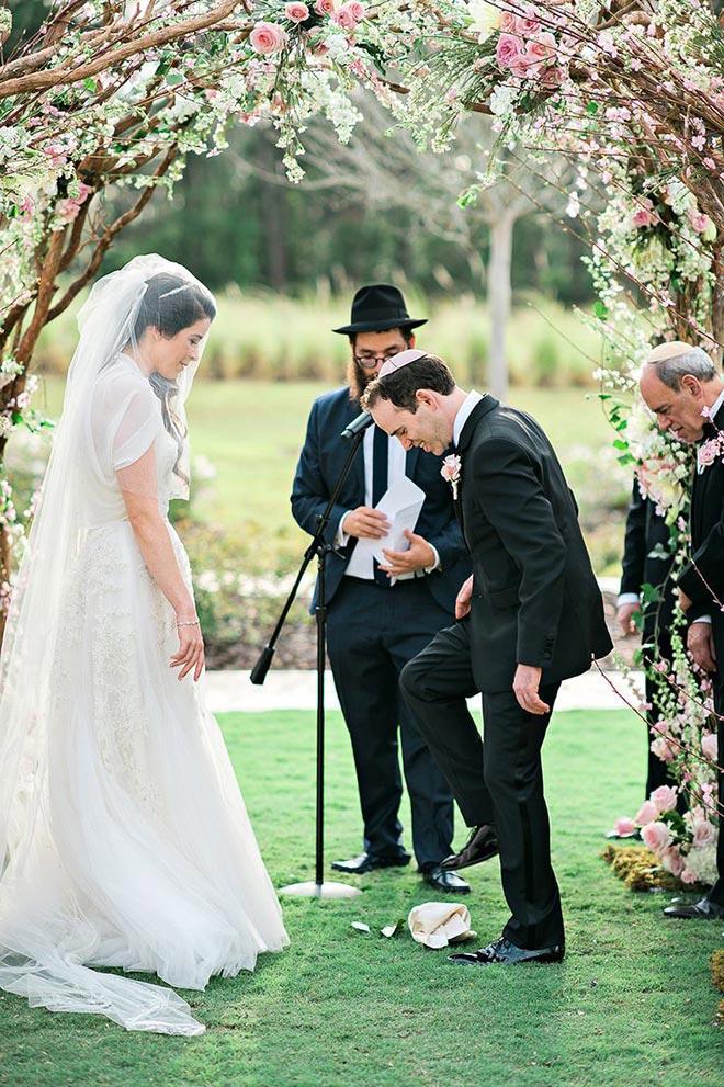 omw3uiuqsoktaa8c - ilginç düğün gelenekleri