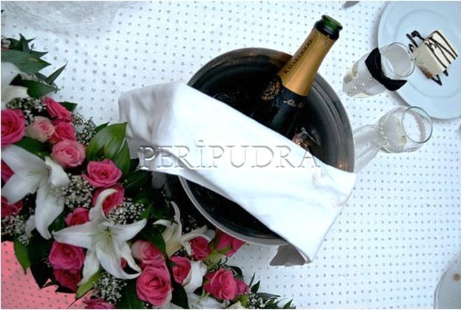 evliliğinizin tatlı hatıraları peripudra'dan olsun!
