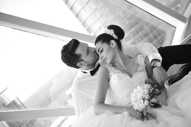 9 - İnatçı bir aşık ve bir yılın sonunda pes eden gelin adayı: pınar ve İsmail
