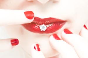 red lip wedding - red-lip-wedding