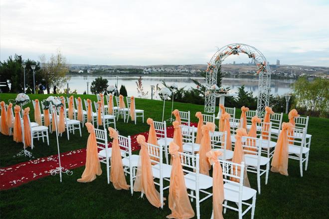 rss0vcgkgmuayd9w - ankara vilayetler evi'nde göl manzarası eşliğinde evlenin