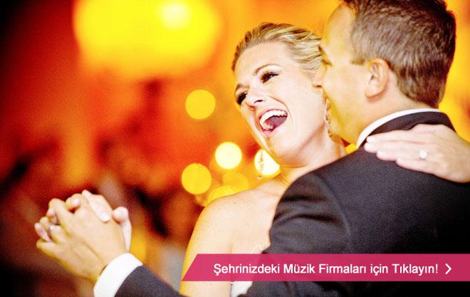 Kaliteli düğün müzikleri için şehrinizin profesyonel düğün müzik firmalarını inceleyin
