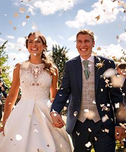 Neşeli mi Neşeli Yaz Düğünleri