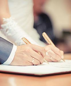 Tüm Detaylarıyla Anlattık: Evlendikten Sonra Yapılması Gereken Resmi İşlemler