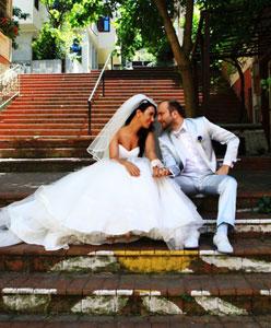 Şans Eseri Tanıştılar, Aşk Evliliği Yaptılar: Nilay & Osman
