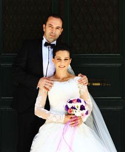 Türkiye'nin En Çok Merak Edilen Sesi Evlendi: Elif ve Murat