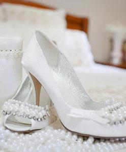 Hangi Düğün Mekanında Hangi Ayakkabıyı Giymeli?