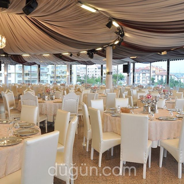 Çeft Cafe Restaurant Düğün Salonu