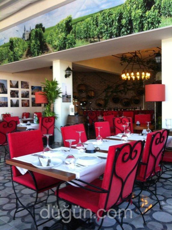 Monthelie Restaurant & Wine House