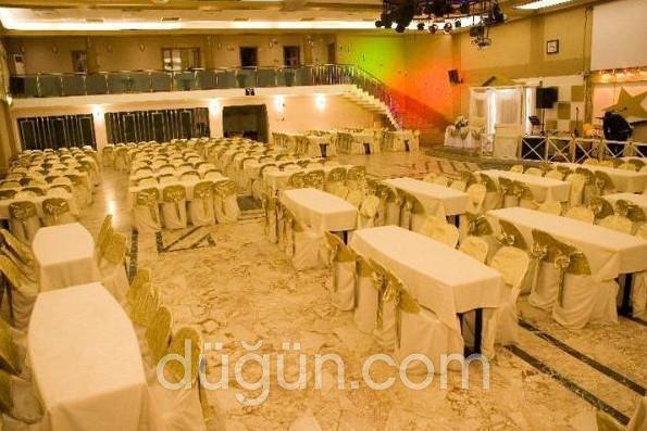 Buca Konferans ve Düğün Salonları