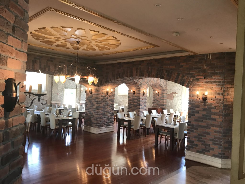 Rakkas Restaurant Bar
