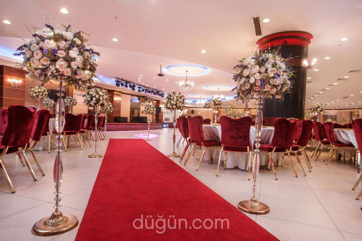 Gopark Grand Salon