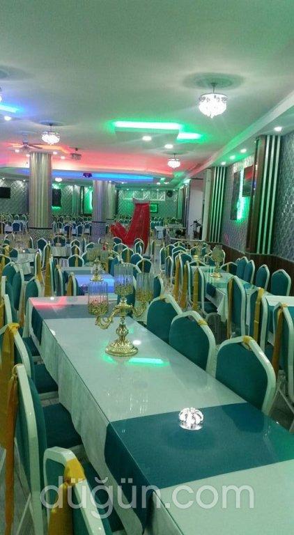 M Boy Düğün Salonu