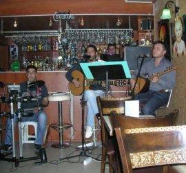 Deis Cafe Bar