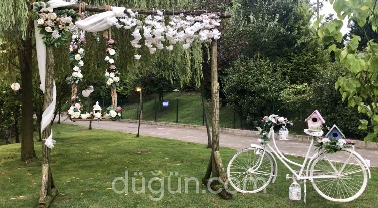 Nehir Kır Düğün Bahçesi