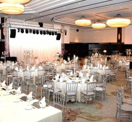 Titanic Business Kartal Hotel
