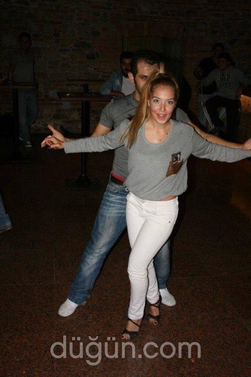 Zeki Uyanık Dance Academy
