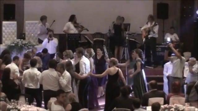 Nurzat & Esra Orkestrası