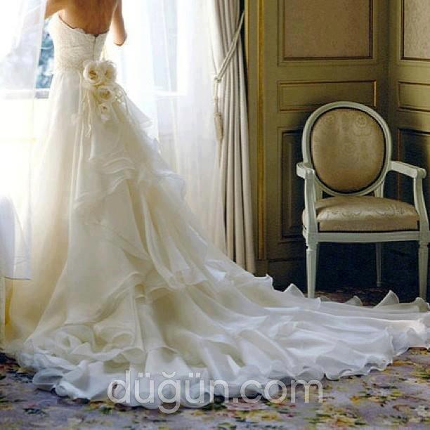 Beyaz Melek Moda Evi