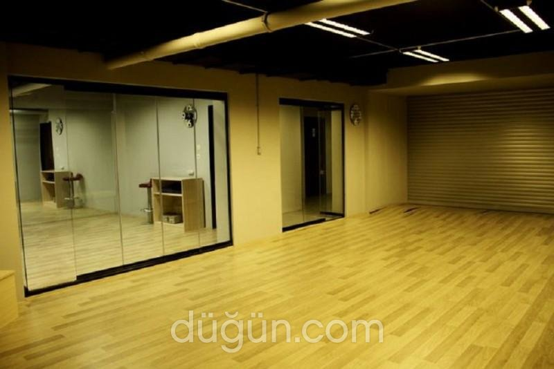 Shine Dans Stüdyosu & Tango Okulu