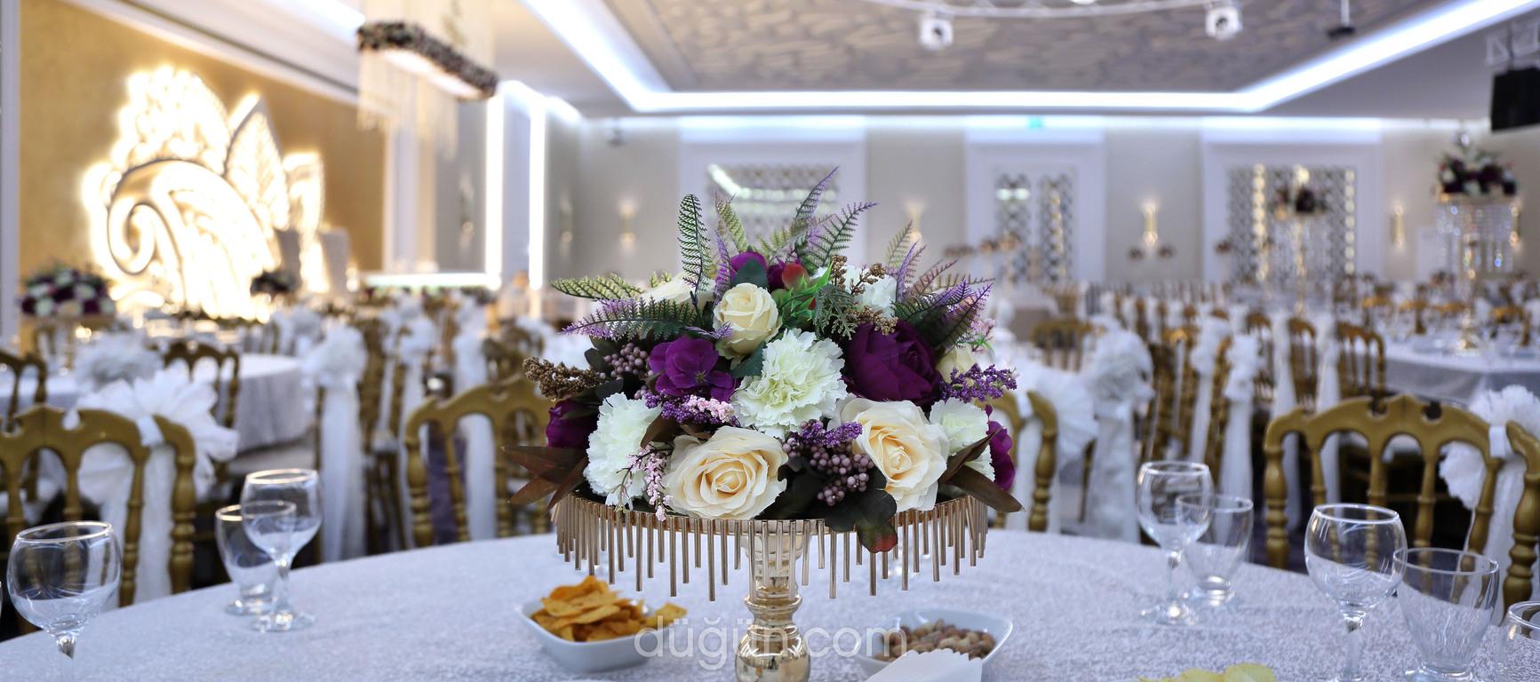 Queen Wedding Convention Hall