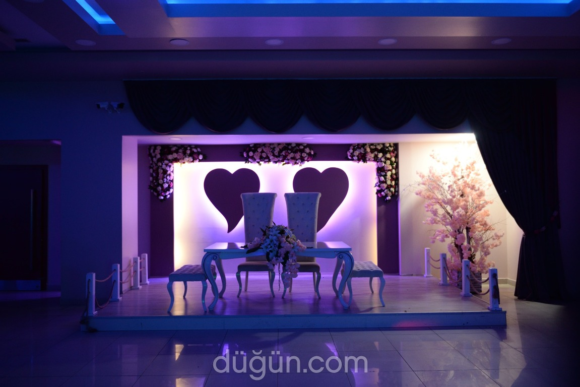 Enis  Düğün Salonu